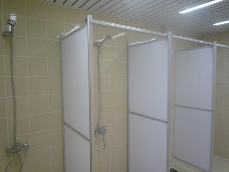 Как сделать перегородку в ванной из поликарбоната